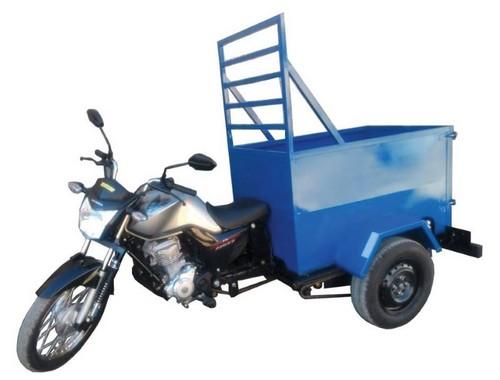 Moto triciclo de carga