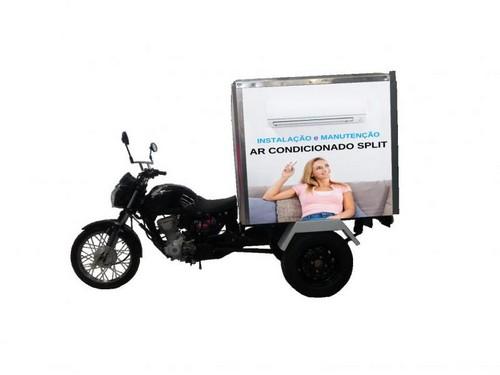 Moto triciclo carga bau