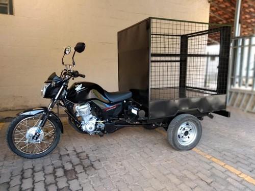 Triciclo de carga coleta de lixo