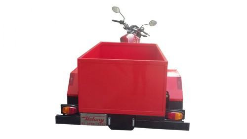 Triciclo para entrega de agua mineral